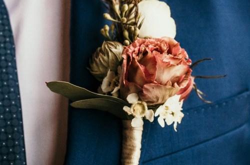 Anstecker für den Bräutigam