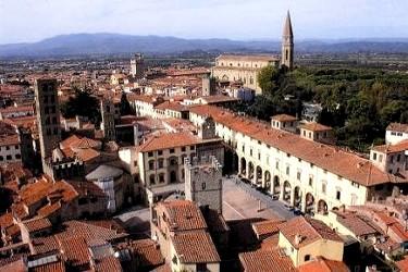 Vacanze ad Arezzo Toscana Arezzo  Storica citt della