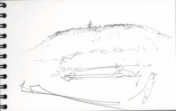 Vue du Salbert dominant les étangs .