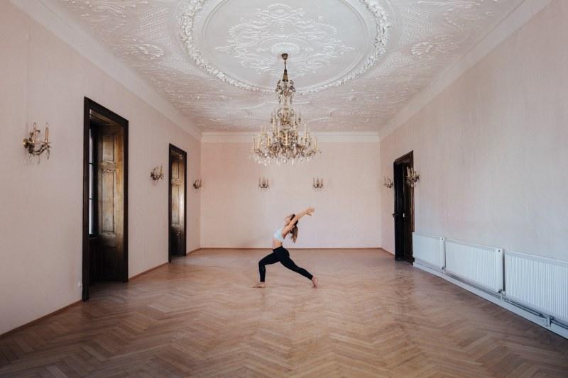 yoga-grosser-saal
