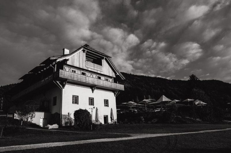 stiftsschmiede-ossiach-hochzeitsfotograf