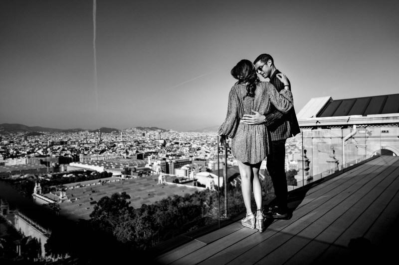 Engagementshooting Barcelona-skyline