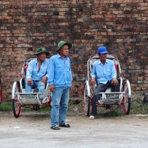 Cyclo drivers in Hue