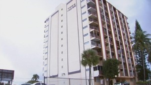 Hollywood's Townhouse Apartments was demolished over the weekend. Photo: NBC6