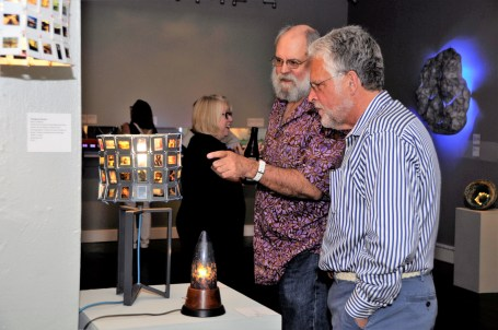 Lightheaded-fine-craft-lighting-exhibition-4672