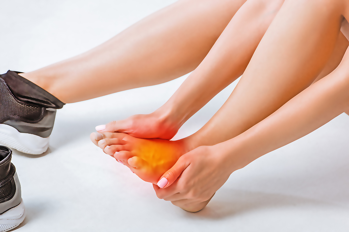 A cubic foot of water weighs about 62.3 pounds when the water's temperature is 70 degrees fahrenheit. Different Types of Foot Pain | #1 Podiatry Center ...
