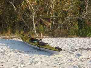 kayak-campsite-hammock-tent
