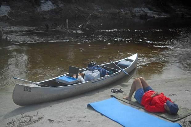 Peacefulness on Peace River canoe trip