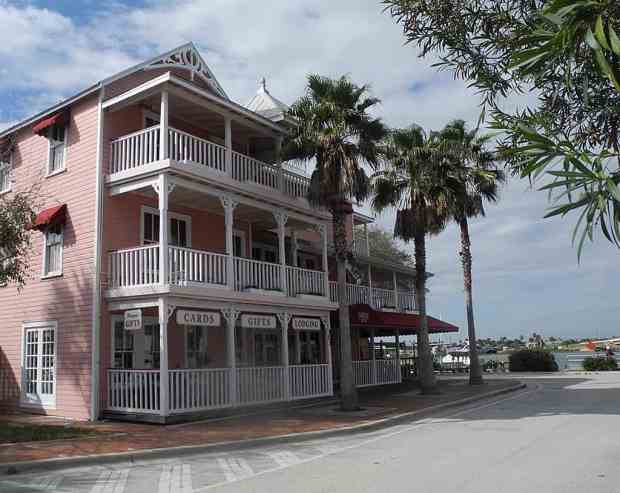 Riverview Hotel in New Smyrna Beach