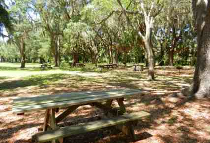 Grounds of Gamble Mansion near Sarasota are ideal for picnics