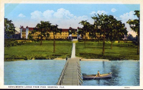Postcard of Kenilworth Lodge in Sebring from its heyday. Courtesy Florida Memory Project.