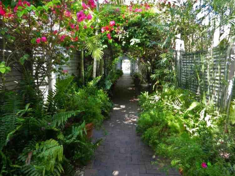 Key West private walkway