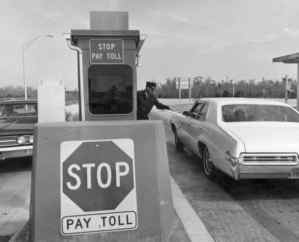 Alligator Alley toll booth (1969: Florida Memory)