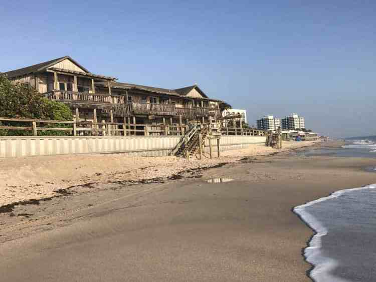 The Driftwood Inn overlooking the Atlantic in Vero Beach. (Photo: Bonnie Gross)