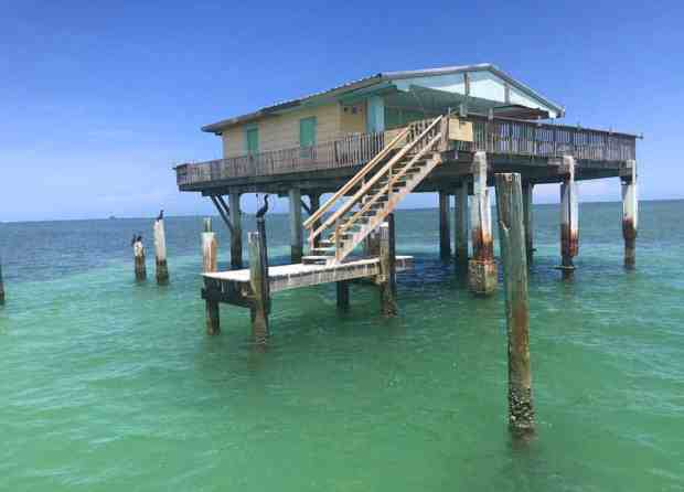 The Bay Chateau house in Stiltsville. (Photo: Bonnie Gross)