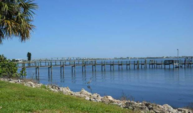 Indian-River-Lagoon-pier