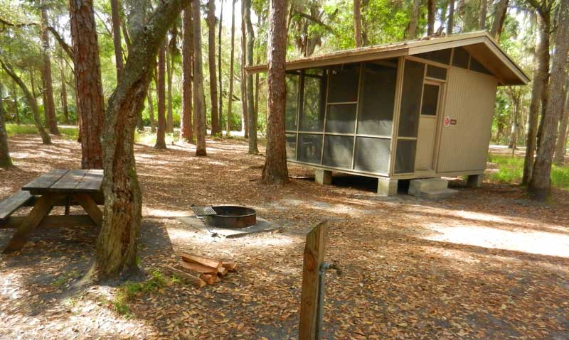 Charmant Rustic Cabins At Hontoon State Park Provide A More Camping Like Experience