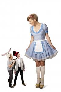 Hi-Q Alice in tara minunilor