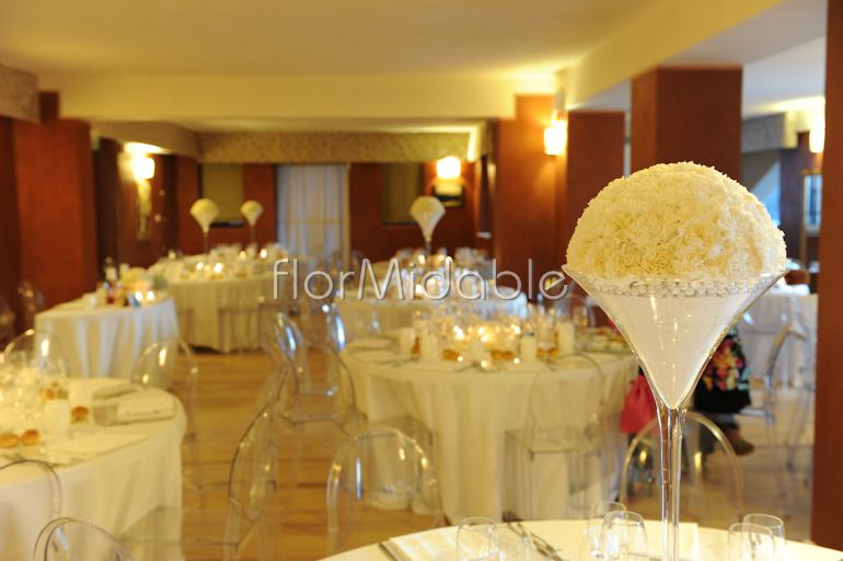 White Rose Centerpieces And Wedding Carnation