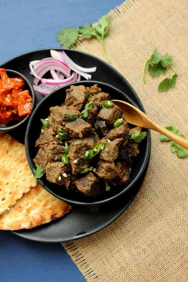 Kharay Masalay ka Gosht