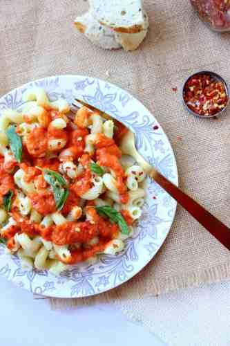 Easiest Tomato Sauce