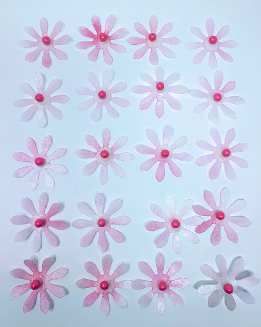 Edible Rice Paper Daisy Flowers For Cake Decoration 20 Medium Cake