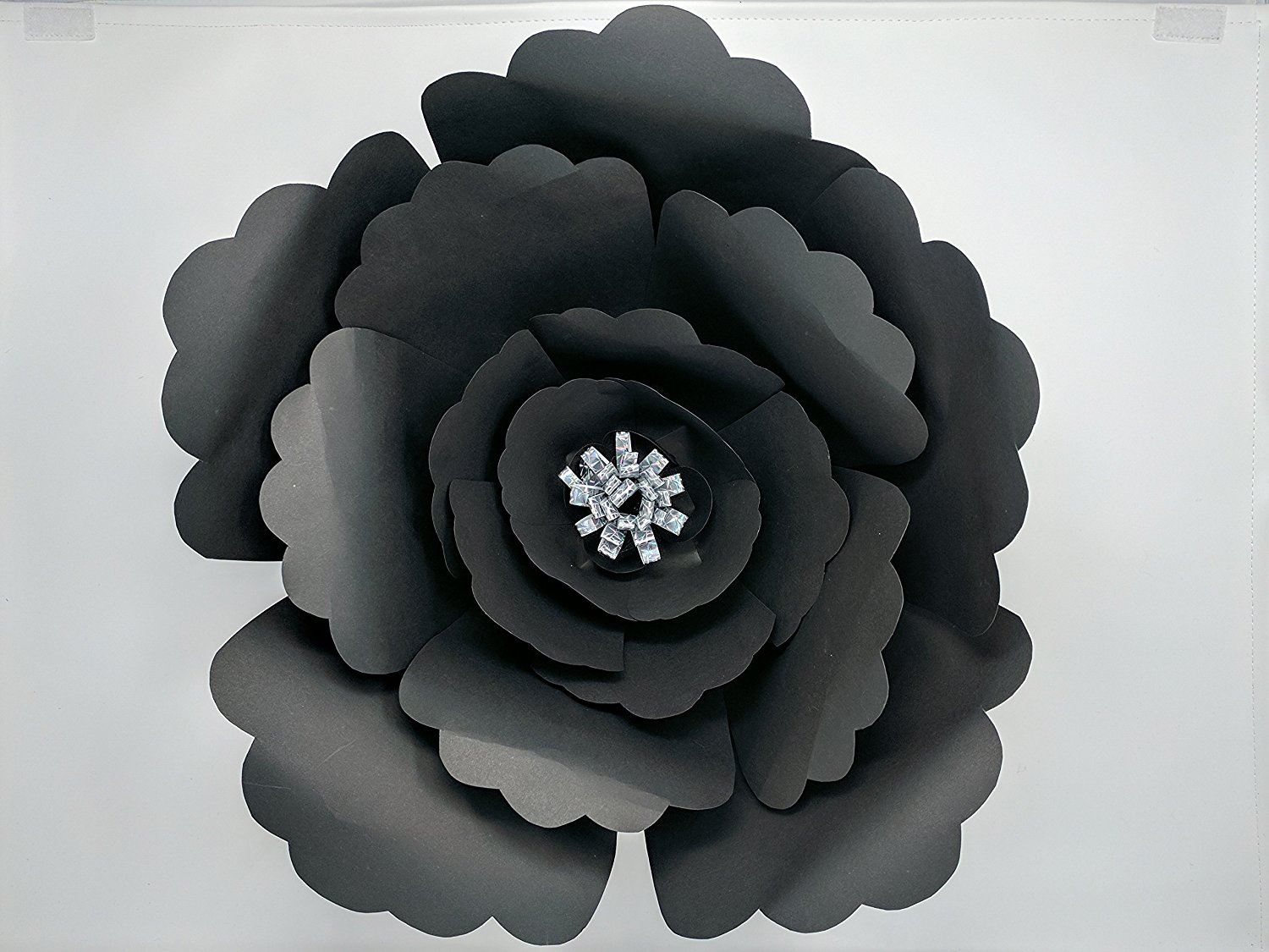 Paper Flowers For Backdrops Includes 12 Paper Flowers And 4 Paper