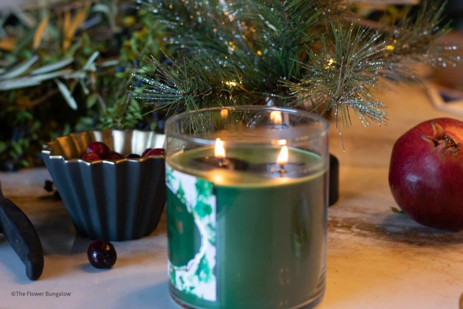 holiday-spirit-pine-candle
