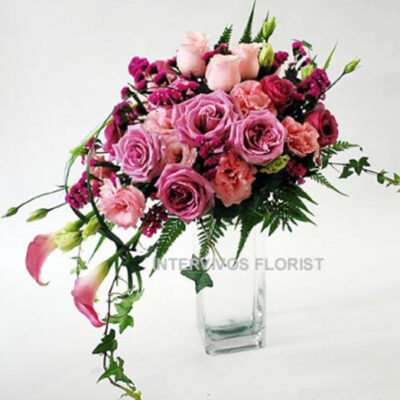 flower-arrangement-burgundy-new, clear crystal vase