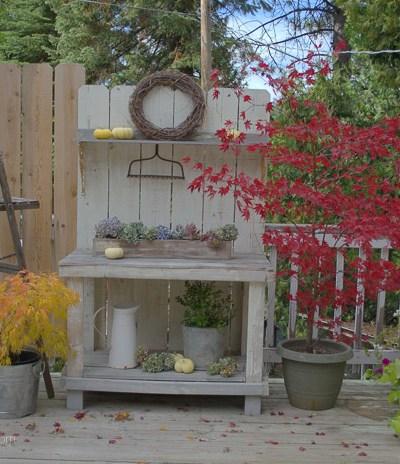 DIY Potting Bench from Fence Boards, FlowerPatchFarmhouse.com
