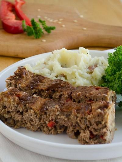 Simple Delicous Meatloaf, FlowerPatchFarmhouse.com