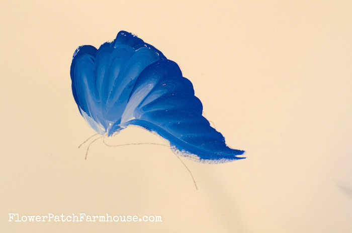 How to paint a fun and easy Butterfly, FlowerPatchFarmhouse.com