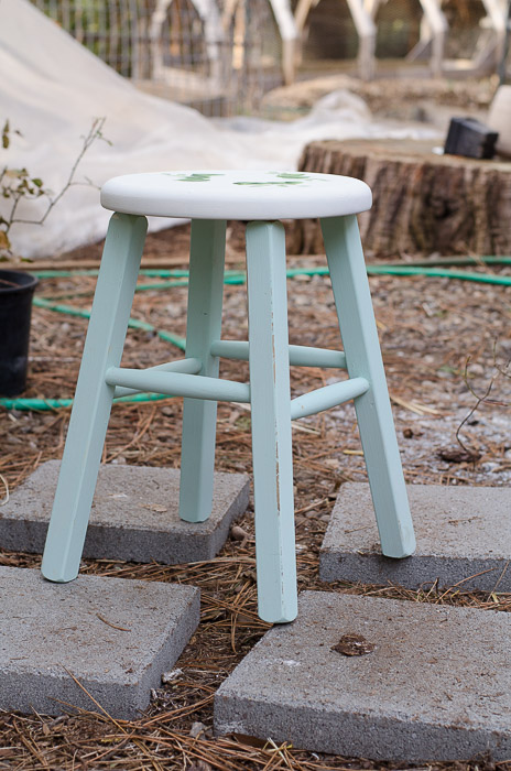 DecoArt Chalky Finish in Refresing on an old Stool, FlowerPatchFarmhouse.com