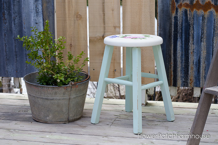 Shabby little stool makeover with DecoArt Chalky Finish paint, FlowerPatchFarmhouse.com