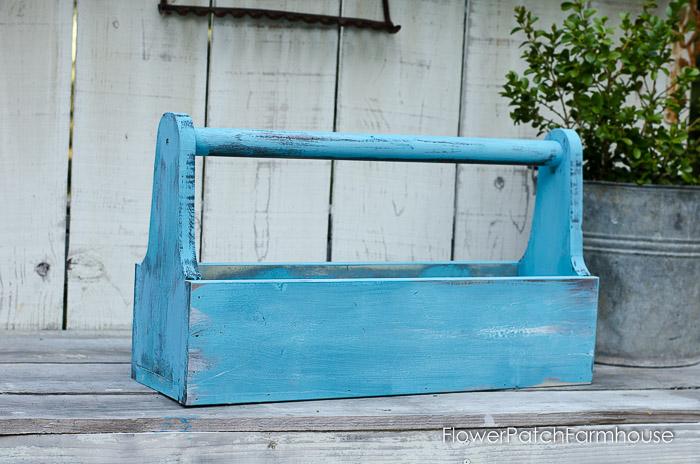 DIY Rustic Tool Box Tutorial, FlowerPatchFarmhouse.com