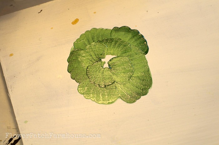 How to Paint a Head of Lettuce. FlowerPatchFarmhouse.com