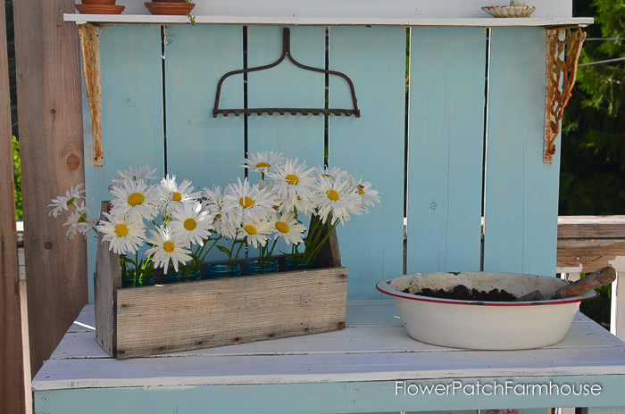 Groovy Easy Diy Rustic Toolbox Caddy Flower Patch Farmhouse Creativecarmelina Interior Chair Design Creativecarmelinacom