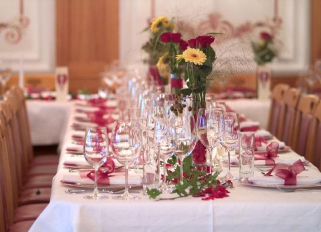 Cheap wedding table centerpieces picturesJPG