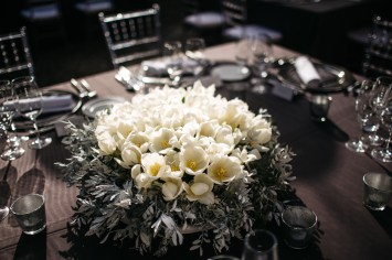 Es Fangar silver, white and black wedding (8)