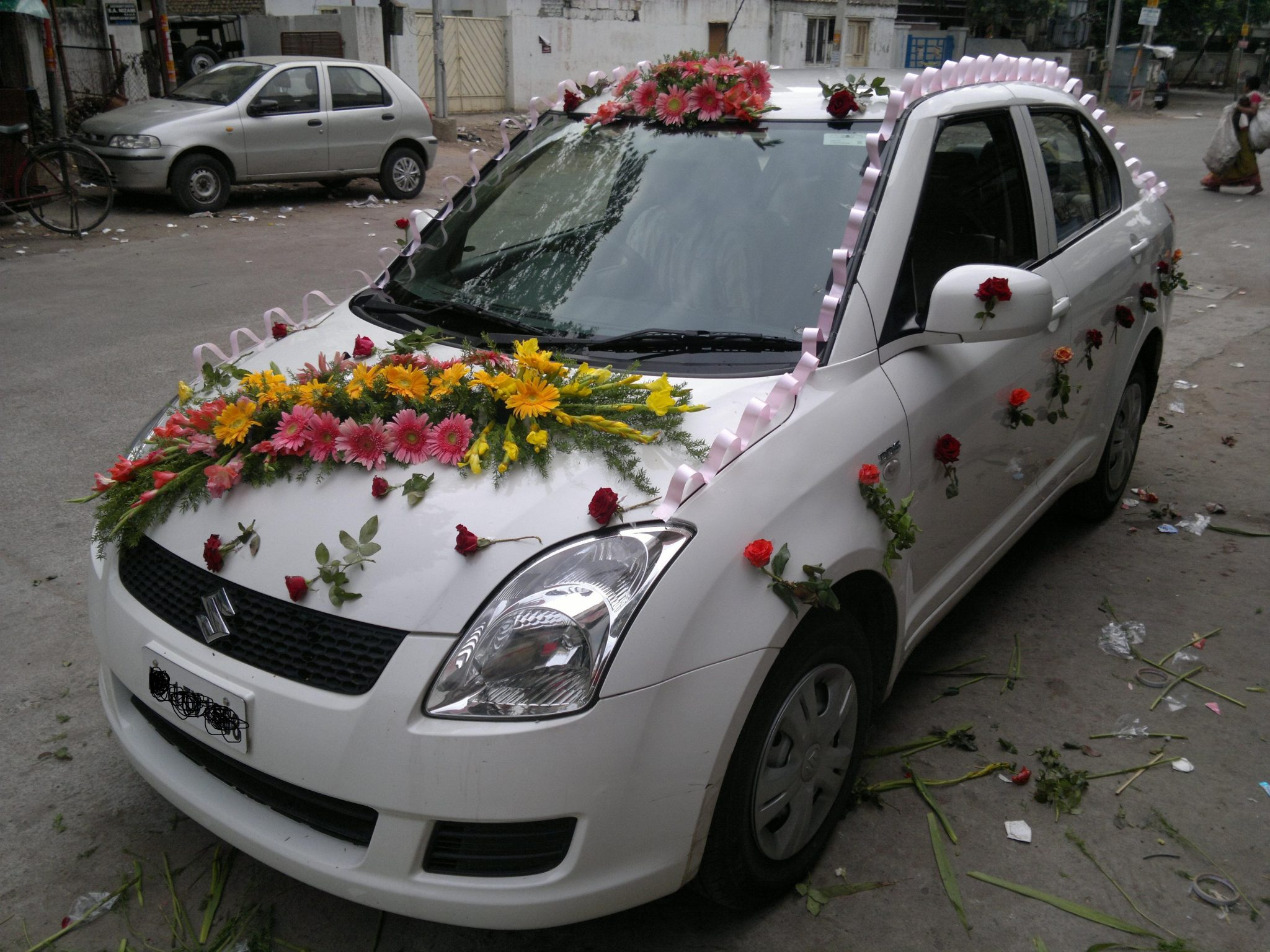 wedding car decoration 31  Fast Flowers Delivery Gurgaon