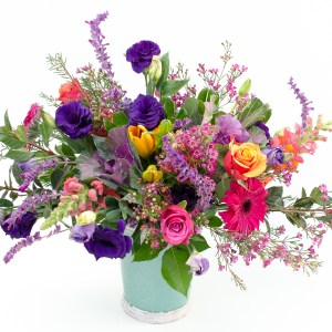 Classic bright and vibrant arrangement