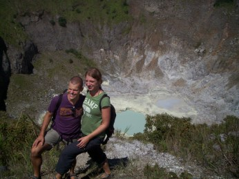 Taking-Picture-in-Mahawu-Crater.jpg