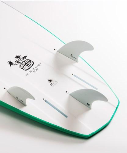 Flowt Marshmallow 56 Green Bottom Tail Details