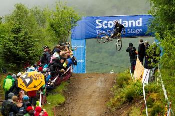 Marc Beaumont am UCI Downhill Worldcup Fort William 2012