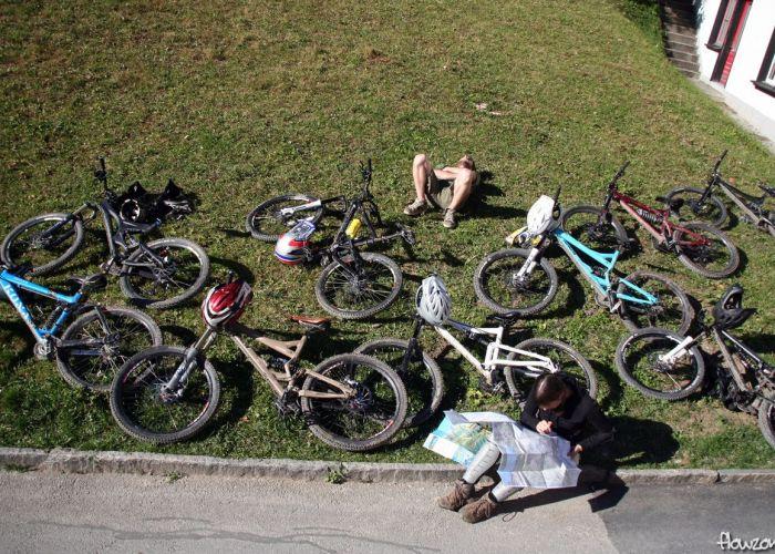 lauterbrunnen bikes von oben viele bikes overview übersicht
