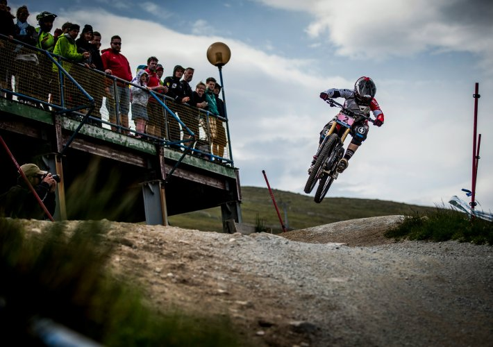 Manon Carpenter UCI DH Worldcup Fort William 2014