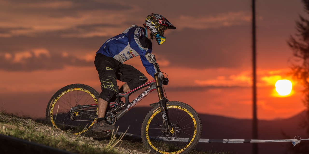 24h downhill race the night