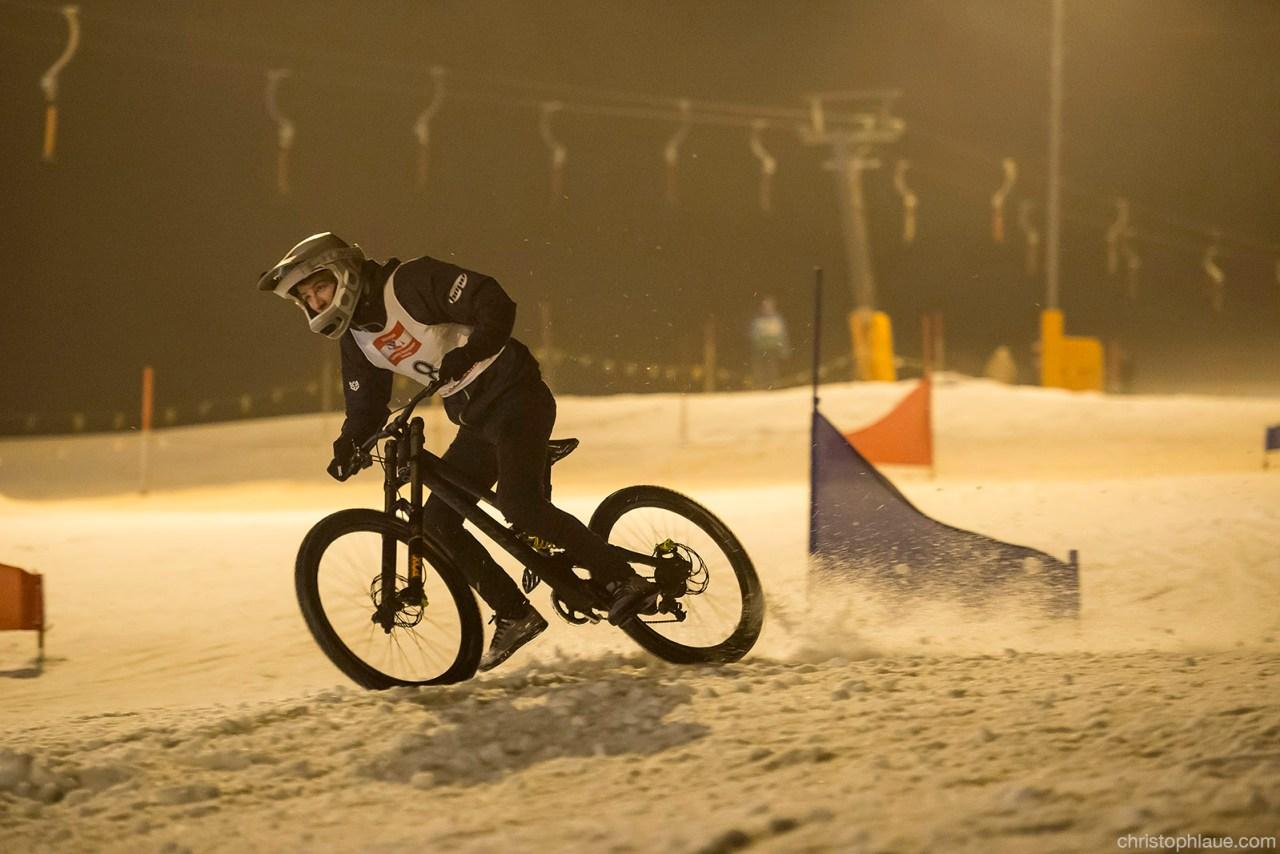 Fabio Wibmer beim Snow Downhill