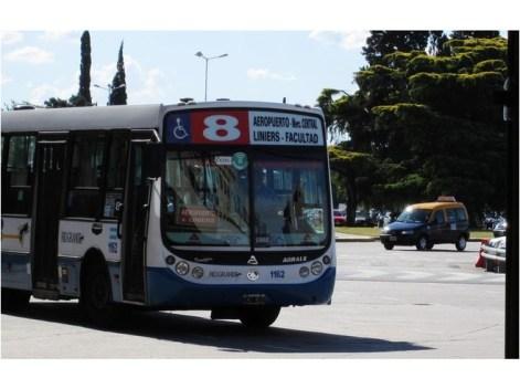 6142082-Aeropuerto_bus_8_Buenos_Aires