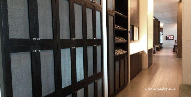 Al ingresar hay lockers disponibles para dejar las pertenencias.